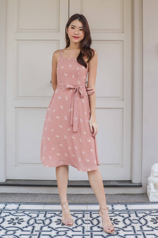 Coe Floral Dress in Blush