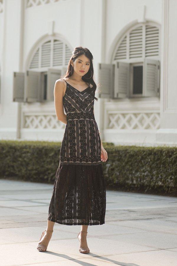 Ava Lace Dress in Black