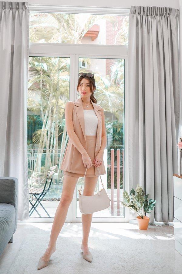 Riccia Sleeveless Vest in Nude