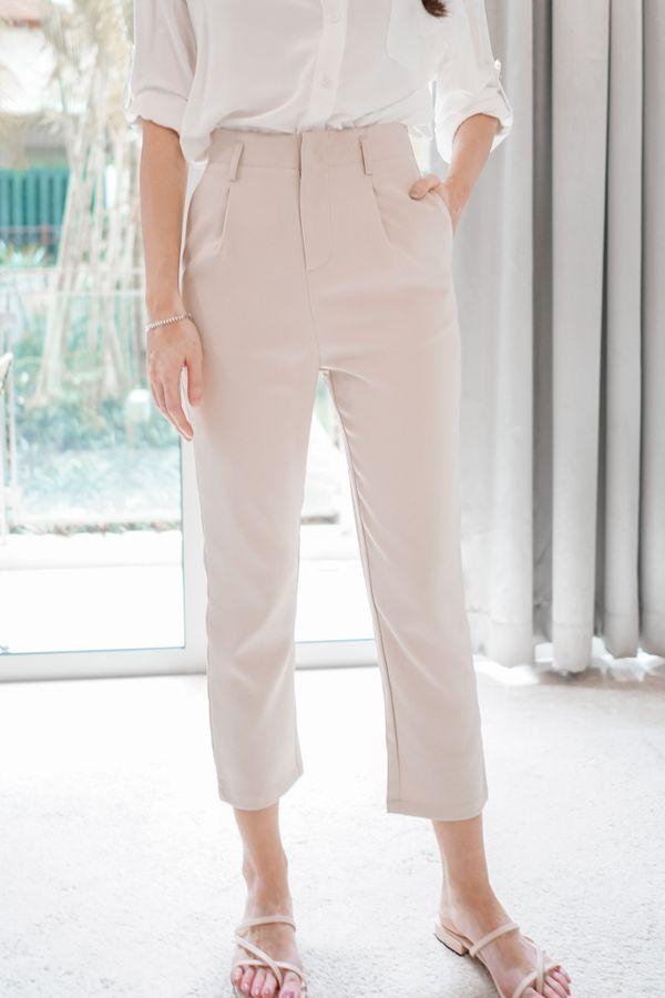 Hallie Slim Fit Tapered Pants in Khaki