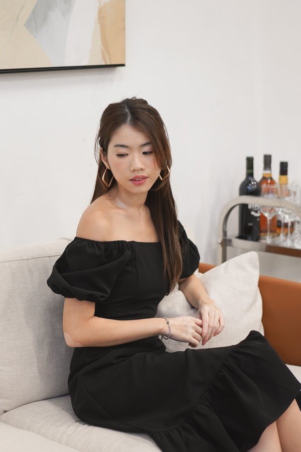 Clarabelle Puff Sleeve Midi Dress in Black