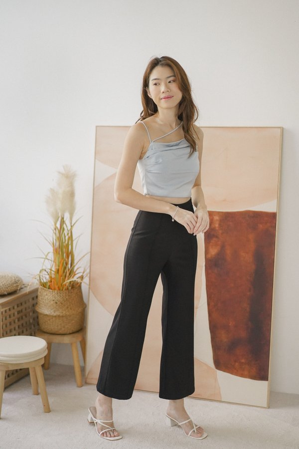 Heidi Straight Leg Pants in Black