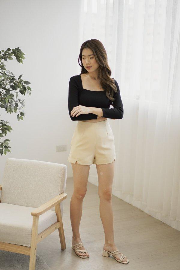 Vesta High Waist Shorts in Ecru