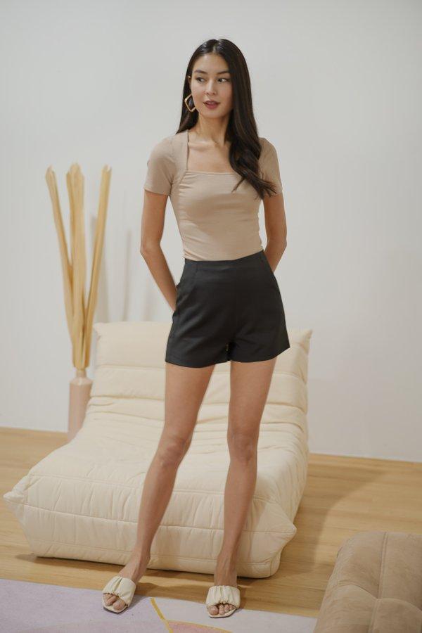 Brynn Tailored High Waist Shorts in Black